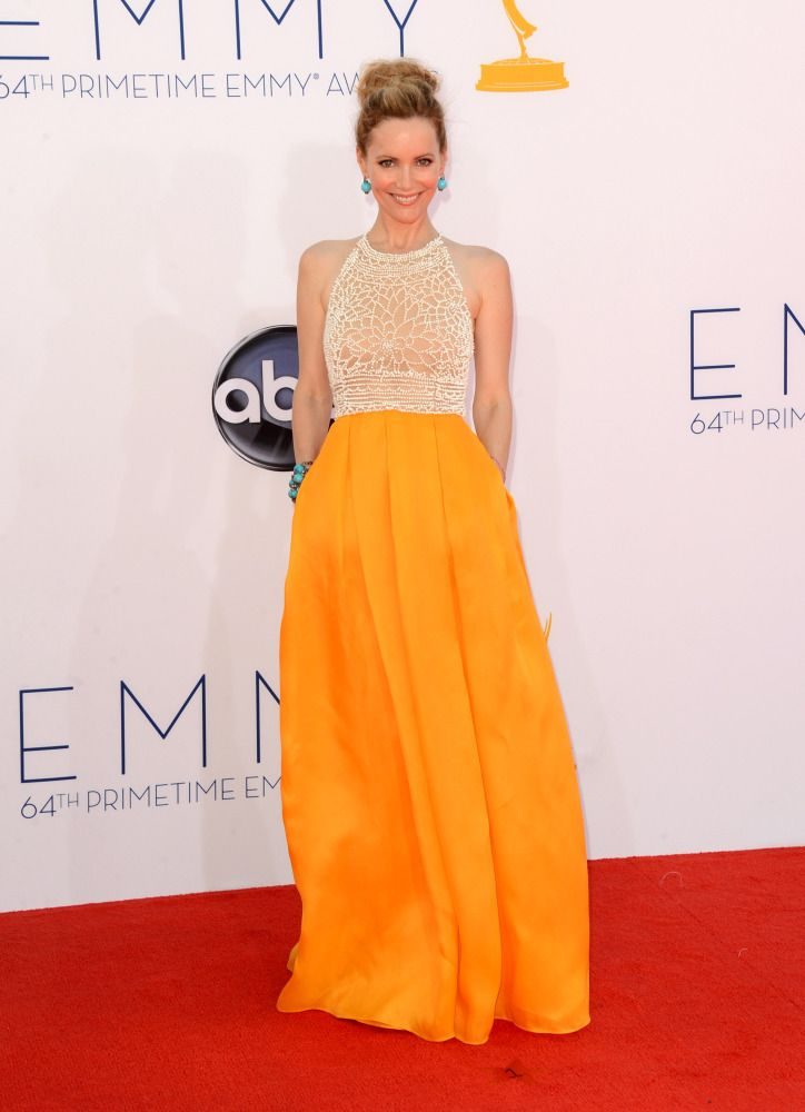 Leslie Mann in Naeem Khan #Emmys2012