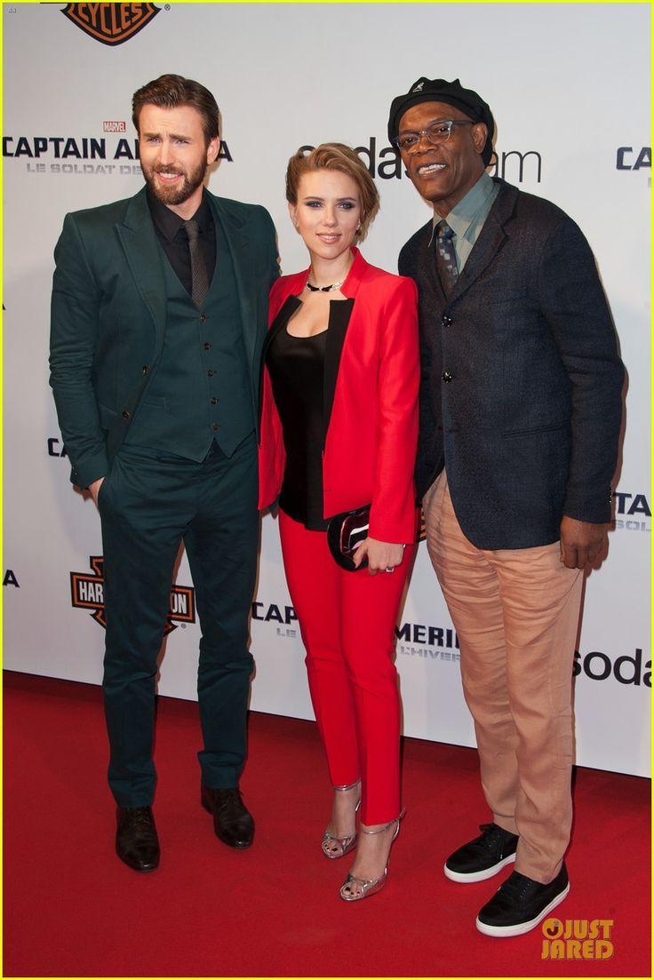 Scarlett Johansson & Chris Evans Take Paris By Storm with 'Captain America 2'! | Chris Evans, Pregnant Celebrities, Samuel L. Jackson, Scarlett Johansson Photos | Just Jared