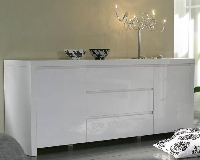 Das Bild zeigt ein Sideboard weiß Hochglanz mit Schubladen und Türen.