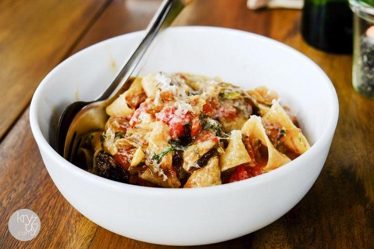 parmesan spaghetti pomodoro classic long pasta with heirloom tomatoes ...