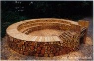 Organic Logs topped off with a circular bench. Great for a small class or group.