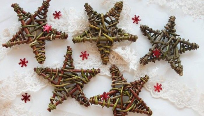 Christmas craft project - make a rustic willow star decoration