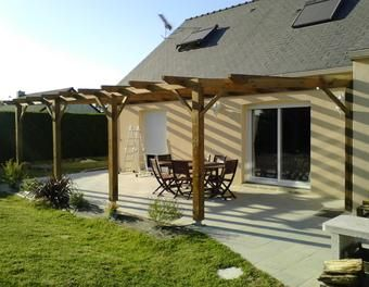 construction d 39 une pergola en bois bois brande de bruy re pergola pinterest pergolas diy. Black Bedroom Furniture Sets. Home Design Ideas