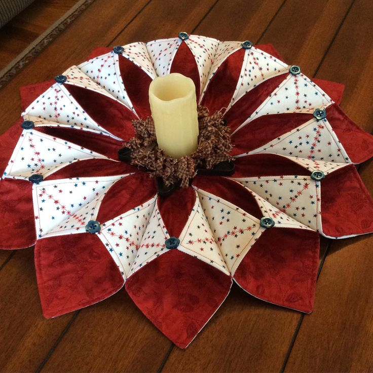 Fold and stitch wreath! Patriotic theme! #SMHstitches