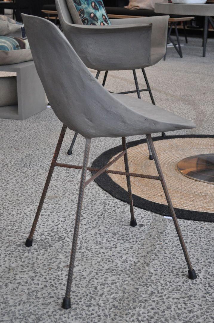 Styling ID Blog: Betonnen design, Hauteville eetkamerstoelen van Lyon Beton