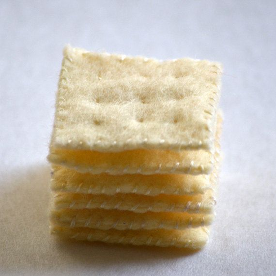 Felt Food Saltine Crackers Children's Play Food. $11.00, via Etsy.   These would be so easy to make for the kids for their play kitchen!