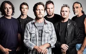 """Pearl Jam. Con la canción """"Alive"""""""