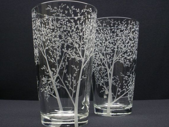 Six heavy weight, hand engraved 16 oz. pint glasses, 5.75 high by 3.5 diameter at the top and 2.5 diameter at the bottom Hand engraved with Branches and Leaves surrounding each glass.  Perfect gift for, anniversarys, holiday gifts, weddings, woodland bar ware, birthdays, groomsmen, housewarming, wedding parties, congratulations or your next outdoor celebration.  Hand engraved using a high speed rotary tool and diamond burrs. There are no acids, chemicals or sand blasting used to create these…