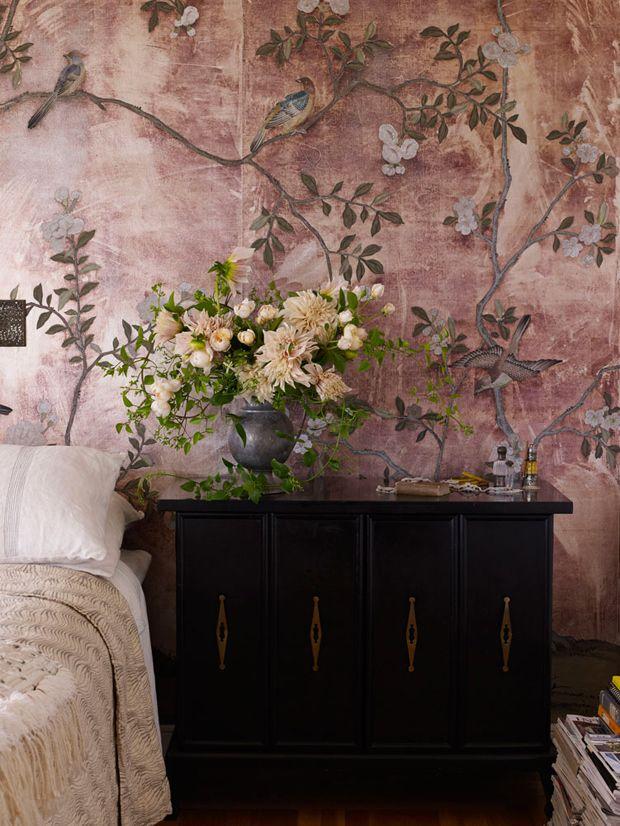 composition, flowers on wallpaper, colours,