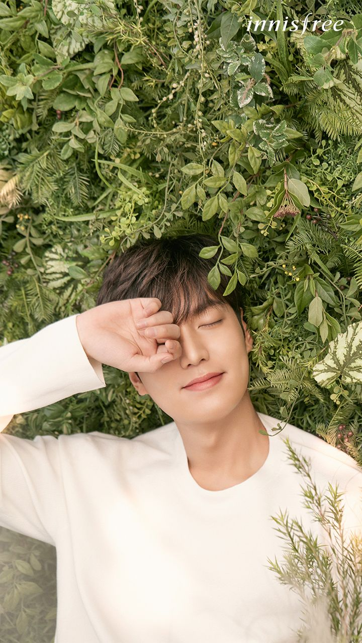 Lee Min Ho, Innisfree July 2017 mobile wallpaper.