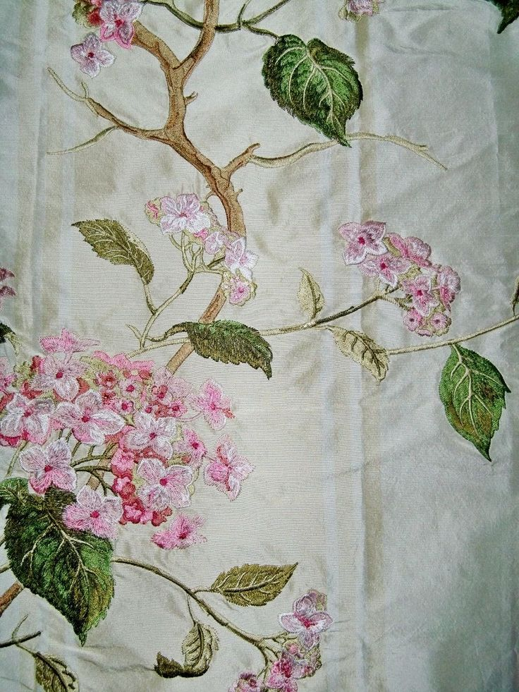 Colefax & fowler summerby embroidered silk stripes fabric