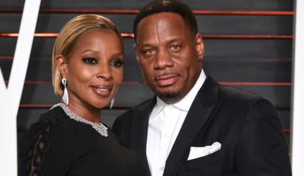 """Black #Cosmopolitan Mary J. Blige's Ex Husband Claims Split Put Him In Hospital: """"I'm Stressed"""" - BlkCosmo.com   #MARYJBLIGE, #Music, #Singing          Mary J. Blige's ex-husband Kendu Isaacs has claimed that the pair's divorce is to blame for his recent hospitalisation. Bad news from the man who was once the head of Mary's household below… Blige revealed that she was leaving Mr. Isaacs and used her latest album 'Strength of a Woman' to d...   Read more on B"""