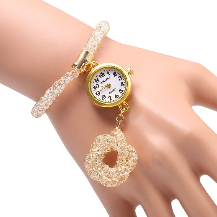 Женские кварцевые часы JUBAOLI 1111 из нержавеющей стали  • vk.cc/58ZhYn • Основные особенности: • Кварцевые женские часы на тонком браслете.  • С золотой сеткой  и кулоном в форме цветка, выглядят захватывающе и интригующе  • Золотой цвет корпуса часов, выглядит очень благородно и элегантно • Браслет выполнен в фоме элегантной сетки из нержавяющей стали. Это придает элегантность и неповторимость часам  • Корпус из нержавеющей стали, прочная структура и долговечный в использовании