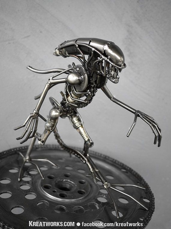 Mini Recycled Metal Alien : tail down (small item) by Kreatworks