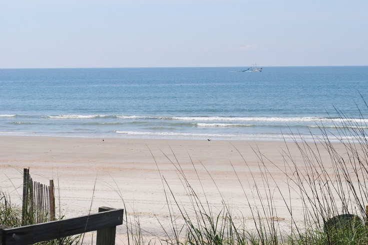 Life doesn't get much better than being here! (Holden Beach): Holden Beaches, Favorite Places, Beaches Nc, Beaches Obsession, Beautiful Places, Families Vacations, Beaches Houses, Beaches In The United States, Beaches Vacations Spots
