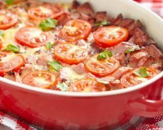 Gratin de poivrons et tomates au basilic : http://www.fourchette-et-bikini.fr/recettes/recettes-minceur/gratin-de-poivrons-et-tomates-au-basilic.html