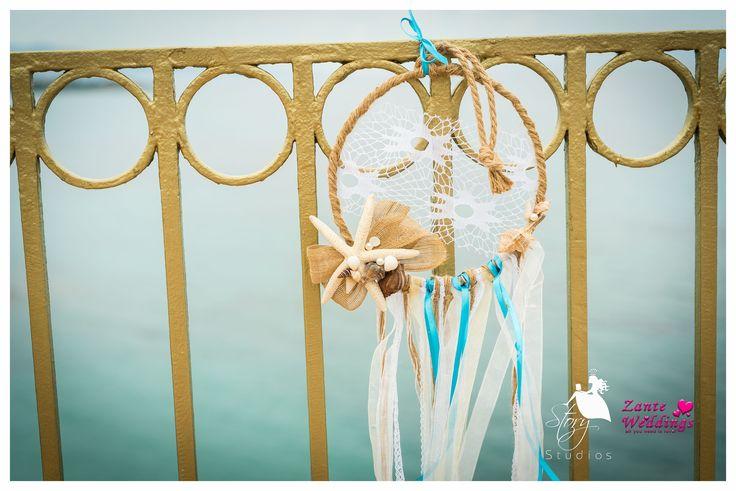 Beautiful beach themed wedding decorations!