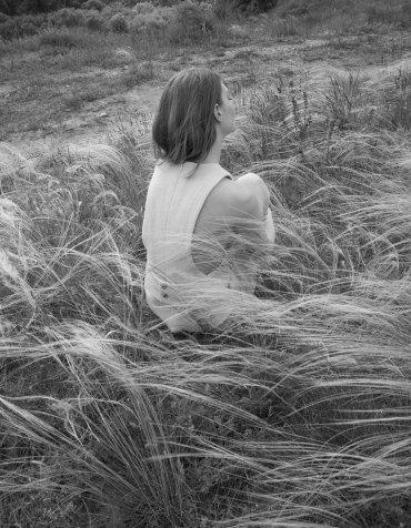 LÁSKA, LÁV MAGAZINE, foto: Andrea Zvadová, styling: Nina Ford, mejkap a vlasy: Ľubica Kapustová, modelka a model: Michaela K & Gergely B - EXIT MM