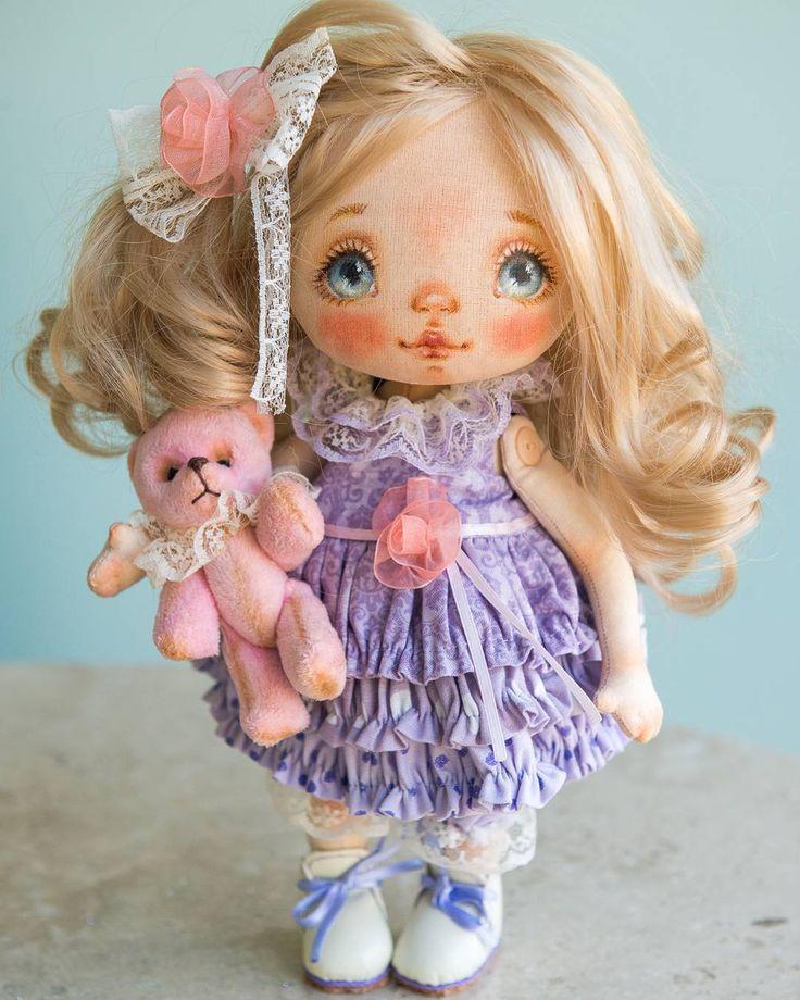 Sold #alicemoonclub #ooak #fabricdolls #handmade #clothdoll #heirloomdoll #customdoll #doll #homedecor #interiordolls #artwork #인형#娃娃 #kawaii #artdolls #vintage #unique #picoftheday #decoration #dollmaker #etsyseller #like4like #dollsofinstagram #handmadedoll #dollscollection #girlroom #giftideas #текстильнаякукла #интерьернаякукла #etsyshop
