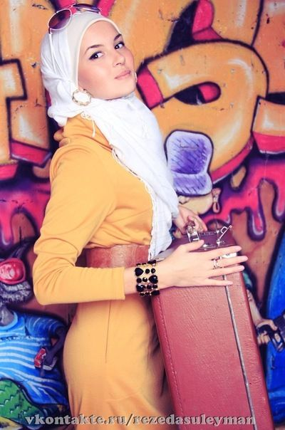 hijab with sunglasses . . . ♥♥♥