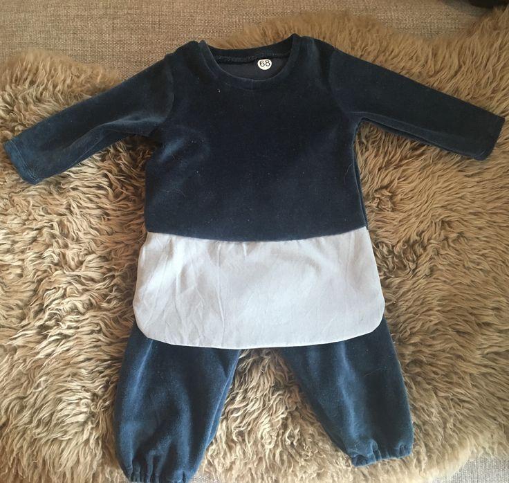 Dress and pants for a little girl in my family, size 68 (4-6 mnd) Pattern: Stoff og stil (8102068) Fabric: Cotton from lillestjerne.no & velor from Stoff og stil