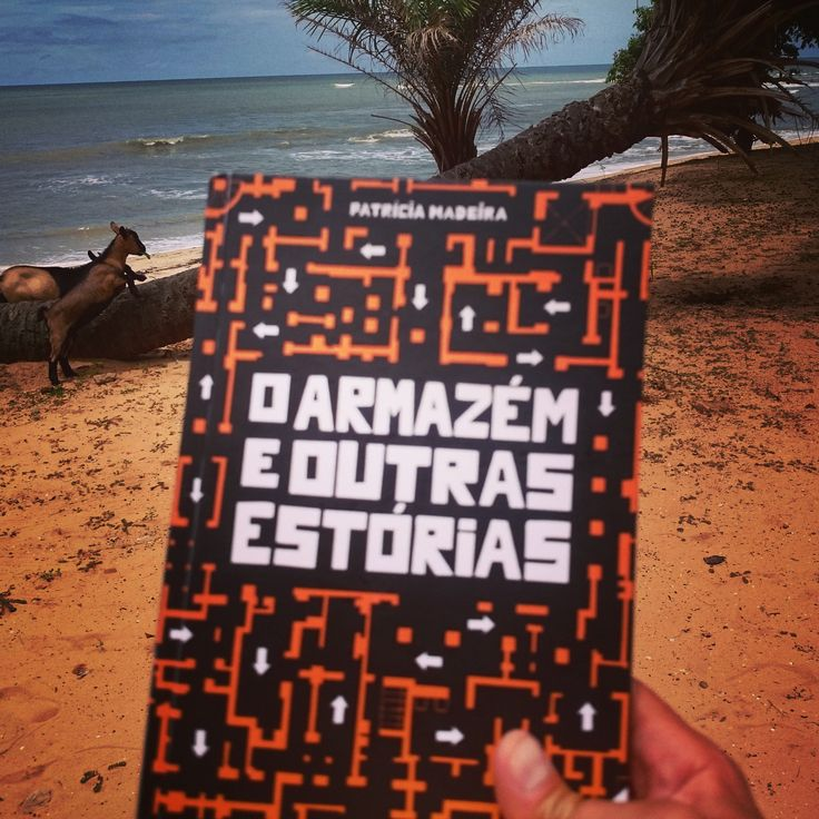 Loving the pictures that readers of O Armazém e Outras Estórias/The Warehouse and Other Stories are sending of their reading experiences. This time the book went to Guinea. Thanks for sharing, João Pedro. ♥ #oarmazemeoutrasestorias