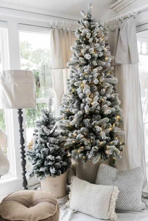 How To Decorate Your Family Room Part - 48: 13 Beautiful Ways To Decorate Your Family Room For Christmas
