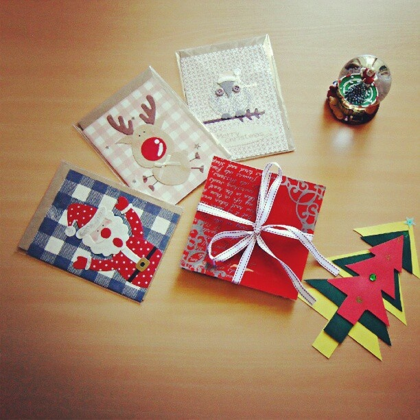 Time 4 X'mas   #X'mas#Christmas#Cards#Owl#Reindeer#Santa#Tree#Plates#RED#White#Gifts#Snow#Ball#DIY#Follow#Followers#yan_lee - @y3n_lee- #webstagram