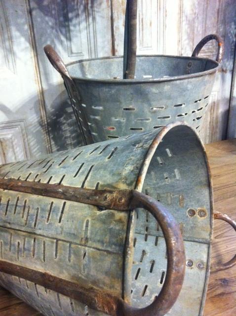 les 134 meilleures images du tableau objets en zinc sur. Black Bedroom Furniture Sets. Home Design Ideas