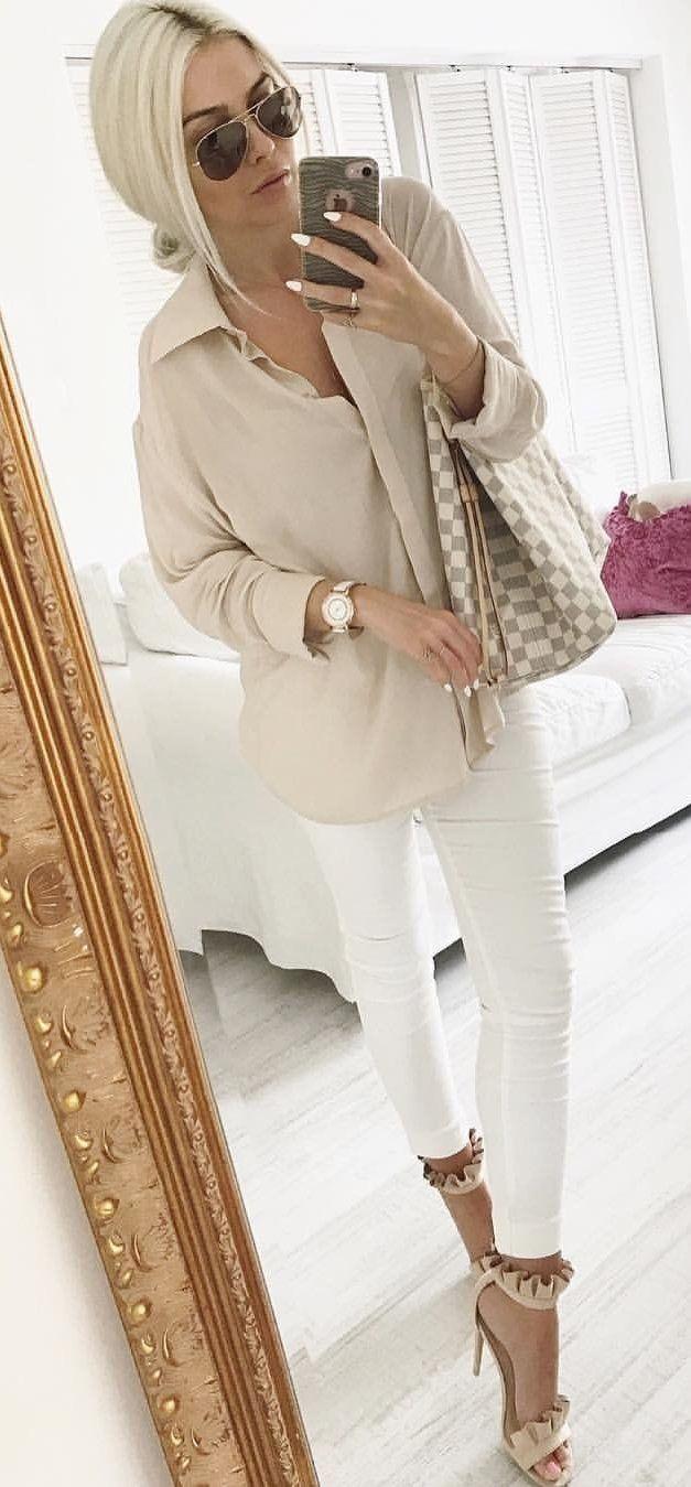 #summer #outfits Beige Jacket+ White Skinny Jeans + Beige Sandals