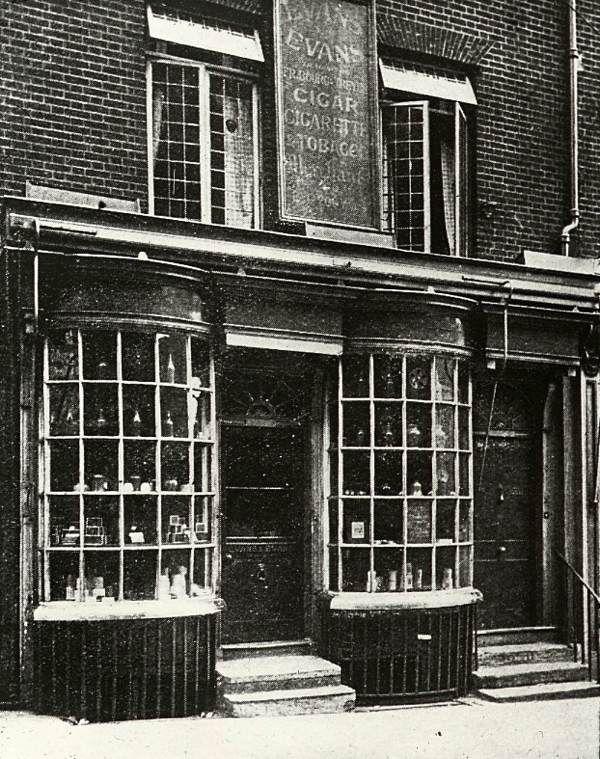 Evans Tobacconist, Haymarket, c.1910