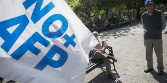 JUBILACION PRIVADA JUBILADOS POBRES: EL FRACASO DEL SISTEMA EN CHILE      Convocan a nueva marcha en Chile contra sistema de pensionesLos chilenos rechazan el actual sistema de pensiones imperante en el país. Los manifestantes en la marcha del próximo domingo 16 de octubre demandan un cambio estructural en el sistema de pensiones. Una nueva convocatoria familiar para marchar en contra del sistema de pensiones realizó el movimiento No  AFP para este domingo 16 de octubre en todo Chile. La…