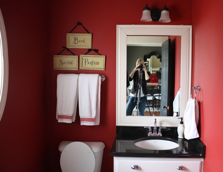I Think Painting A Bathroom A Great Color Is Great For A Small Bathroom!