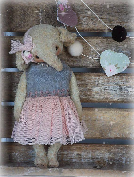 Ellie : OOAK Vintage Style Sweet Artist Elephant by Natali