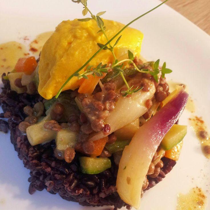 attimidicucina: Curry di lenticchie e verdure,riso venere e bavarese di zucca
