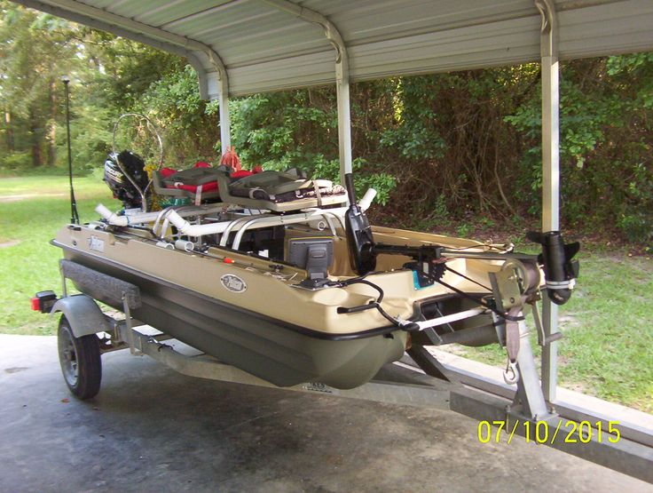 Best 25 small fishing boats ideas on pinterest for Small boats for fishing