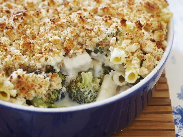 Nudel-Hähnchen-Gratin mit Broccoli - smarter - Zeit: 50 Min. | eatsmarter.de