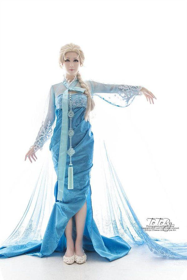 한복 Hanbok : Korean traditional clothes[dress]  Elsa Hanbok Designed by Korean illustrater 흑요석(Obsidian), Cosplayed by Echidna