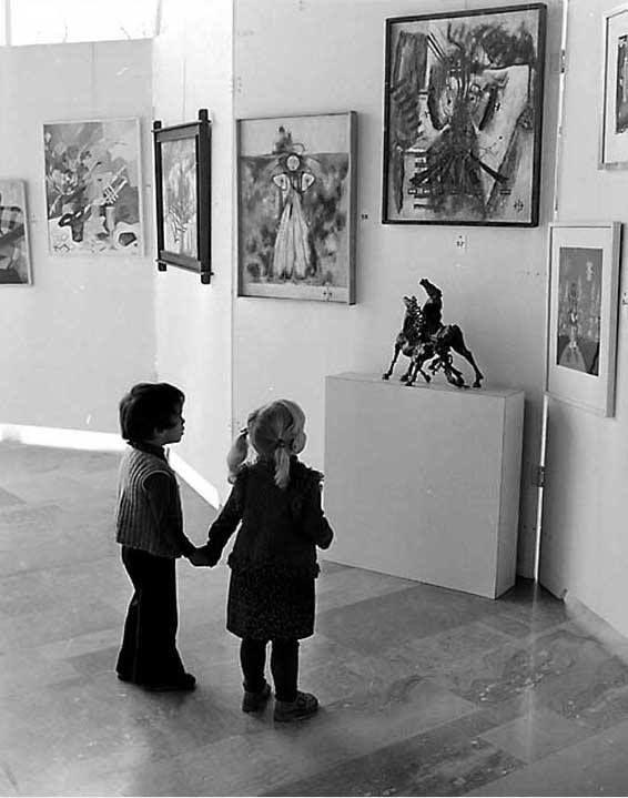 Gérald Bloncourt - Les amateurs d'Art Contemporain. Banlieue de Paris, 1965