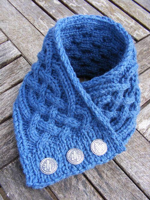 La Belle Helene Celtic Cable Neckwarmer Knit Crochet