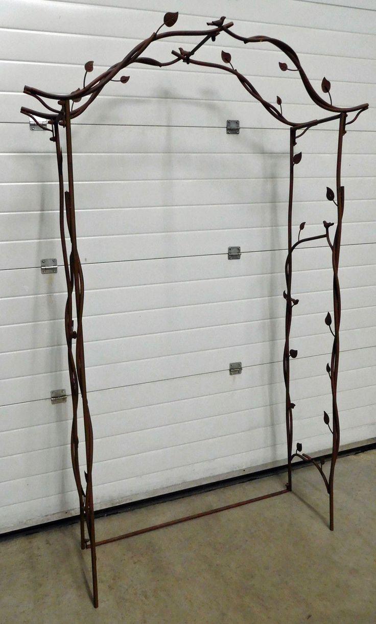 die besten 17 ideen zu rosenbogen metall auf pinterest gartenstecker rost gartenbank metall. Black Bedroom Furniture Sets. Home Design Ideas
