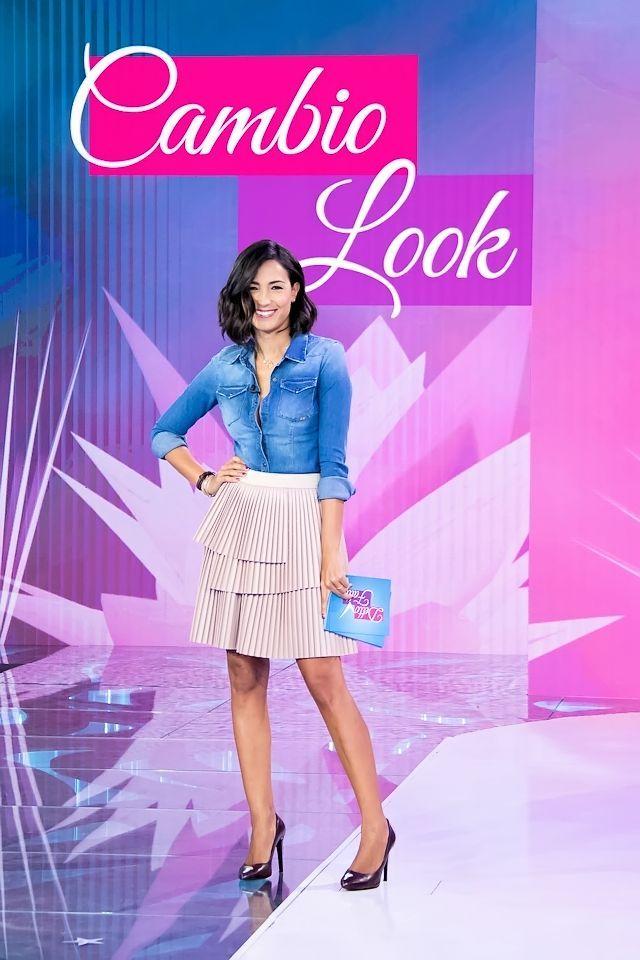 Detto Fatto: Look della settimana n°2 | Caterina's secrets - Il blog ufficiale di Caterina Balivo CAMICIA 2W2M GONNA ATOS LOMBARDINI PUMP CONTIGO