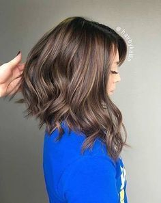 Long bob asymetric with balayage