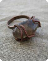кольца, серьги из проволоки и камней
