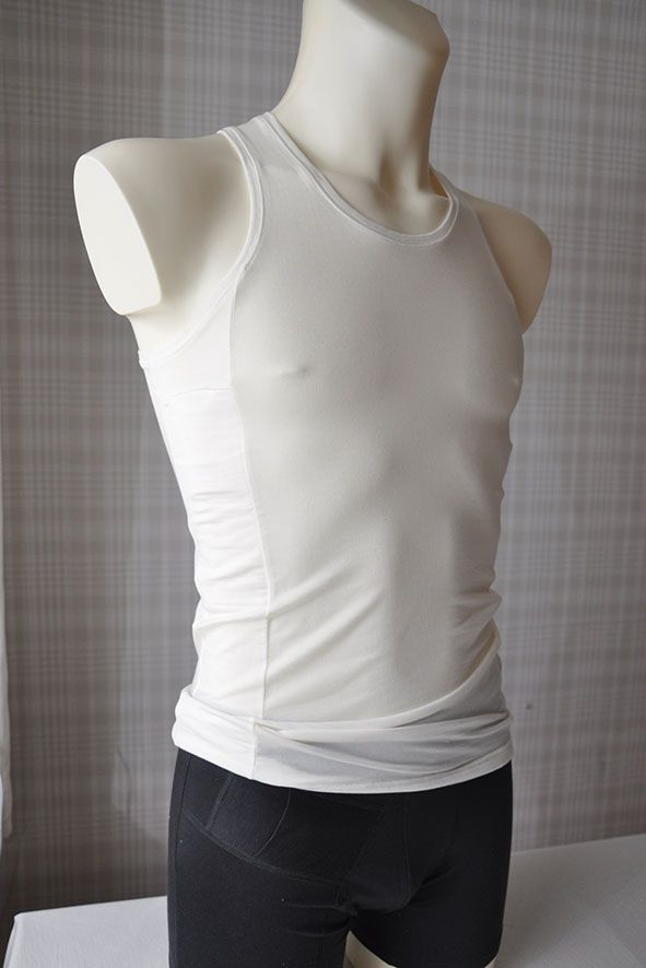 Men tank top with two pockets for insulin pump.