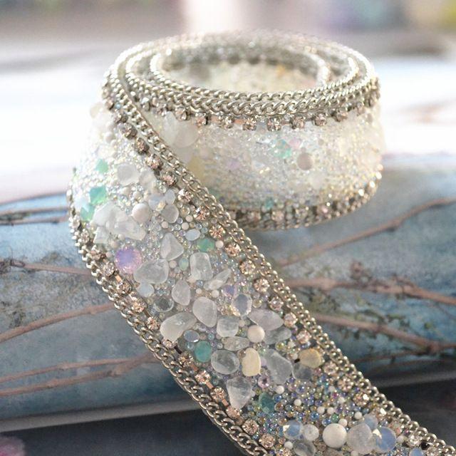 Nuevo diseño de encargo! cinta de diamantes de imitación de cristal, 2 unids/lote, fantasía decorativa de hierro en piedras preciosas de colores recorte, boda torta de la cadena