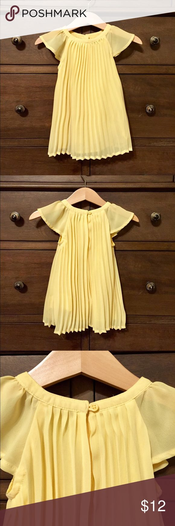 Baby Gap dress Super cute Baby Gap dress! Butter yellow in color with adorable flutter sleeves. Perfect for spring! Excellent condition! Comes with diaper cover as well. Size 6-12 months GAP Dresses