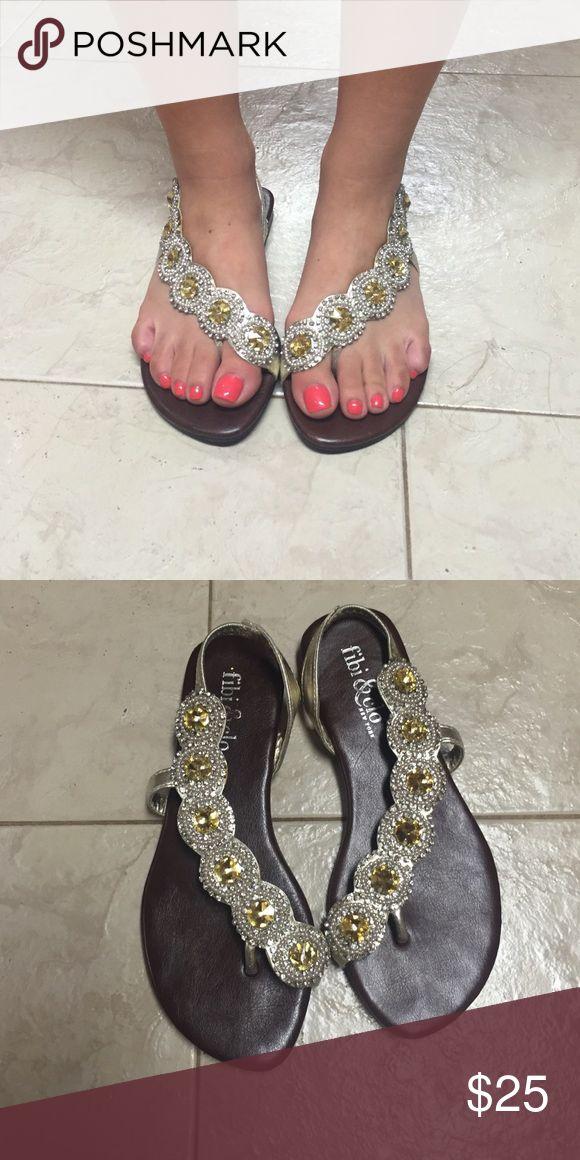 Fibi&Clo size 6 Cascade gold bling sandal Fibi&Clo cascade gold bling sandal gently used, like new Shoes Sandals