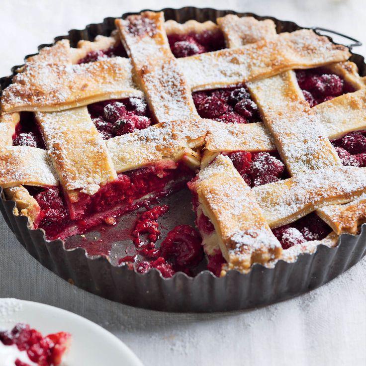 How to make an amazing Raspberry Lattice Pie. #HappyMothersDay #MothersDay #Treat #Pie #Raspberry #Lattice