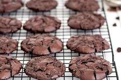 Laktóz- és gluténmentes kekszmámor! Pár perc alatt, könnyedén elkészítheted. Egy szem keksz már boldoggá tesz, a többit hűtő nélkül t�...